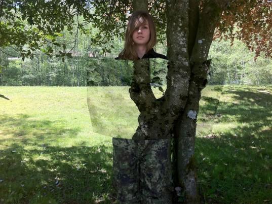 Graphene camouflage